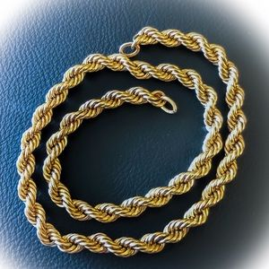 Jewelry - Beautiful Gold Necklace Chain Chunky Rope - 12k GF